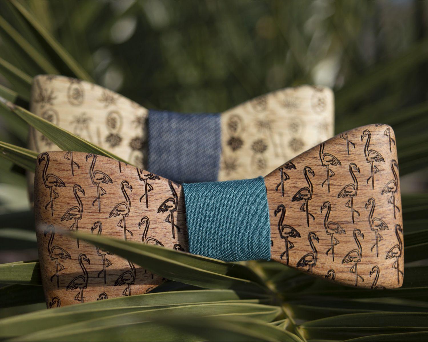 Χειροποίητα παπιγιόν dion&felle, από τη σειρά Tropical, φτιαγμένα από φυσικά ξύλα και συνδυασμένο με ύφασμα εξαιρετικής ποιότητας, από τη συλλογή Wooden Candies.