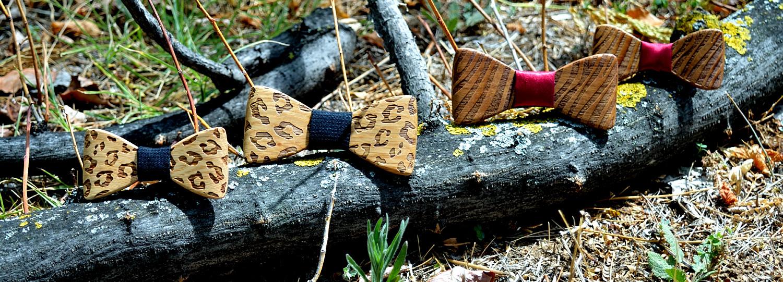 Χειροποίητα παπιγιόν dion&felle - Africa. Φτιαγμένα από φυσικό ξύλο δρυός και καρυδιάς και συνδυασμένα με τις καλύτερες ποιότητες υφασμάτων, από τη συλλογή Wooden Candies.